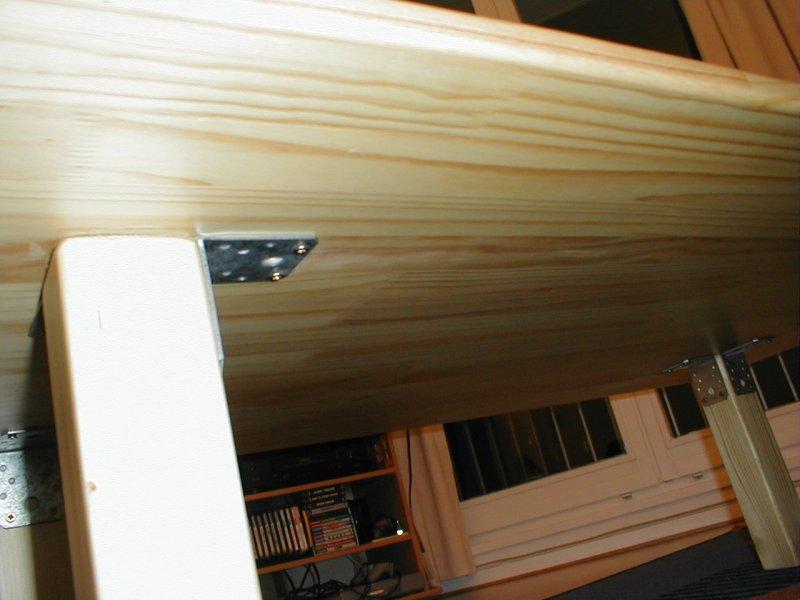 Table basse makotoworkshop for Table pliante sur mur